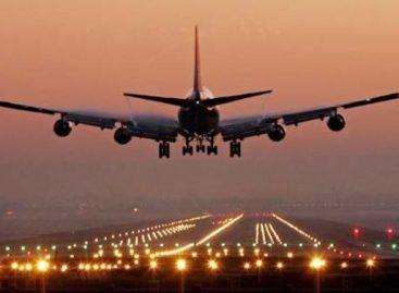 Studiu: Însoțitorii de zbor au riscuri mai mari să se îmbolnăvească de cancer, mai ales de piele