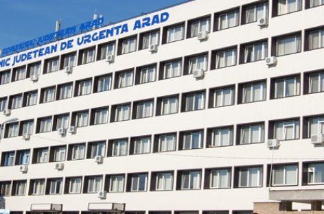 Medicii Spitalului Judeţean de Urgenţă din Arad realizează săptămânal peste 20 de operaţii de cataractă