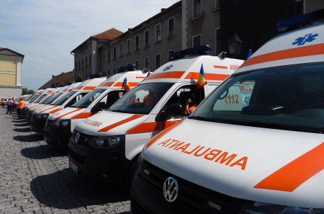 Guvernul ar putea cumpăra 500 de ambulanţe noi în acest an