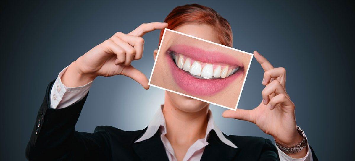 Pierderea dinților, risc de demență și tulburări cognitive