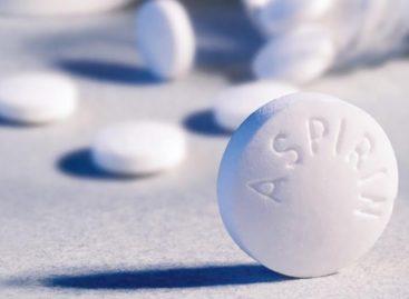 Consumul zilnic de aspirină este riscant în cazul persoanelor care nu suferă de boli cardiovasculare