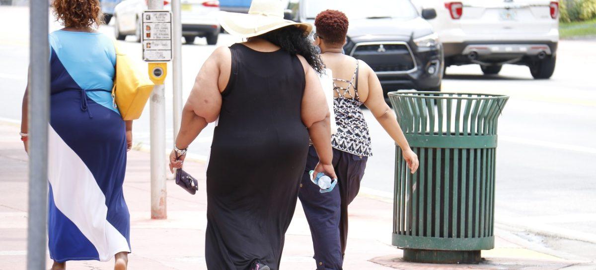 Studiu: Obezitatea crește riscul de cancer