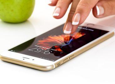 Folosirea dispozitivelor mobile a mărit timpul petrecut în familie, dar a modificat calitatea acestuia, arată un studiu realizat în Marea Britanie
