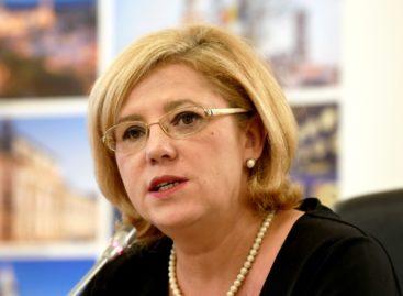 Corina Crețu afirmă că spitalele regionale ar putea beneficia de fonduri europene suplimentare dacă guvernul le-ar transfera pe altă axă de finanţare