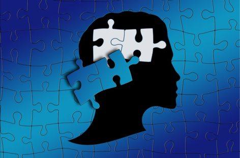 Risc mai mare de forme severe de Covid-19 la adulții cu autism și cu boli mintale