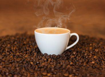 Studiu: Cafeaua ar putea avea proprietăți benefice pentru pacienții cu cancer colorectal