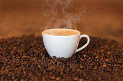 STUDIU: Consumul de cafea în timpul sarcinii îi afectează pe bebeluși