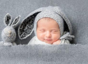Primul copil din lume născut după un transplant de uter de la o donatoare decedată