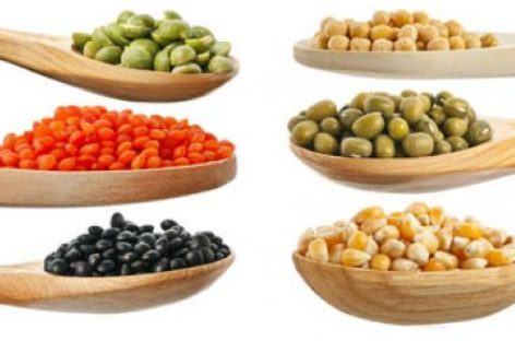 Consumul frecvent de proteine vegetale, asociat cu un risc mai mic de deces