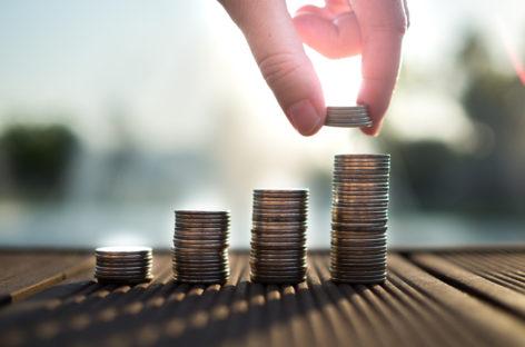Salariile din sănătate și asistență socială au urcat cu 7% în ultimul an, printre cele mai mici rate de creștere la nivel național