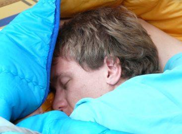 Somnul crește protecția antivirală a organismului prin potențarea celulelor T, arată un studiu realizat în Germania