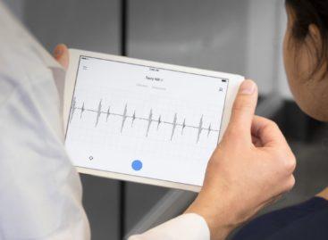 Bătrânul stetoscop, simbolul profesiei medicale, începe să fie modernizat folosind ultimele tehnologii