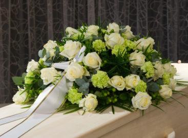 Persoanele de religie mozaică decedate în România sunt scutite de autopsie și de activitatea de prosectură la cererea familiei, în urma intrării în vigoare a unei noi legi