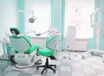 Colegiul Medicilor Dentiști a modificat conținutul minim al trusei de urgență din cabinetele stomatologice