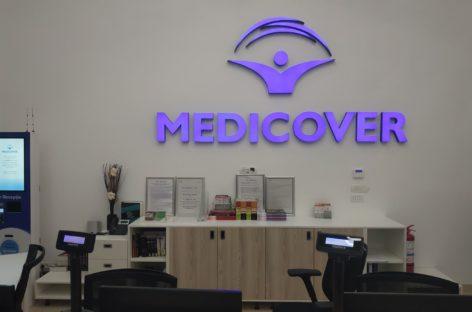 Medicover România lansează un serviciu prin care o sută de medici din rețea vor oferi consultații și tratament la domiciliu
