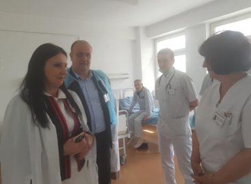 Ministrul Sănătății consideră că trebuie rediscutat modul de finanţare a spitalelor, pentru a-i premia pe cei care îşi fac treaba şi a-i penaliza pe cei care nu obţin rezultate