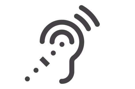 Pierderea auzului la vârsta mijlocie este asociată cu riscuri mai mari de declin cognitiv și demență