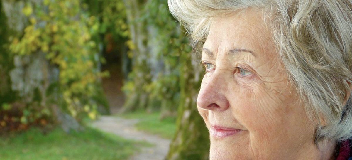 Căminele de bătrâni au avut cele mai multe decese cauzate de Covid-19