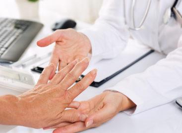 Specialişti: Pacienţii cu boli reumatice pot rămâne activi dacă primesc diagnostic precoce şi tratament adecvat