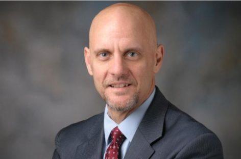 Dr. Stephen Hahn devine oficial noul șef al FDA, după ce a fost validat de Senatul SUA