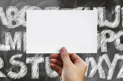 Studiu: Persoanele analfabete au riscuri de trei ori mai mari de a dezvolta o formă de demență