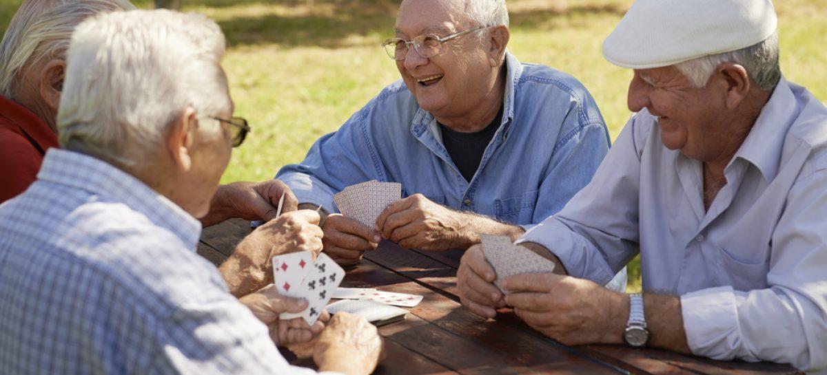 O echipă de cercetători a mărit durata de viață cu 500% în testele realizate în laborator, combinând două căi celulare implicate în procesul de îmbătrânire