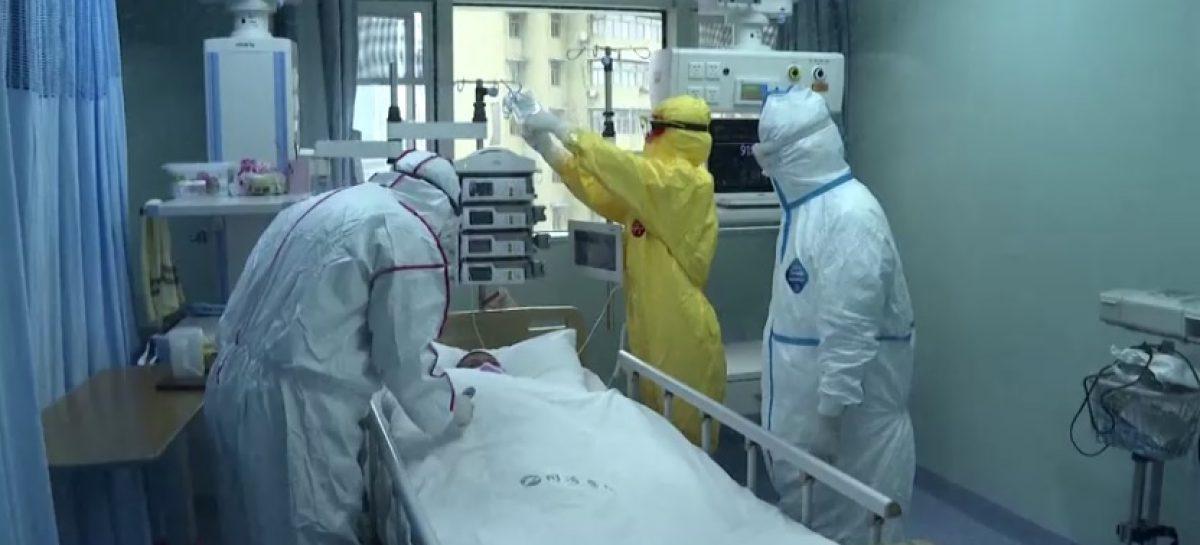 Echipament de protecție împotriva coronavirusului: măști și combinezoane din Turcia. Într-o lună România va avea producție proprie