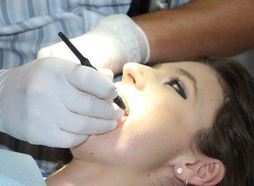 Colegiul Medicilor Stomatologi din România solicită DSP-urilor lista cabinetelor care vor asigura serviciile de medicină dentară de urgență