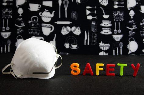 Covid-19: Lipsesc materialele de protecție pentru farmaciști și asistenți de farmacie. AFIE solicită autorităților măsuri urgente