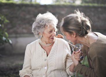 Menopauza precoce: Terapia cu estrogeni ajută la menținerea arterelor curate
