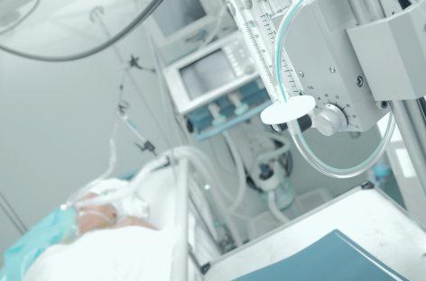 Administrarea de tocilizumab a redus nevoia de ventilare mecanică la pacienții cu forme severe de Covid-19 într-un studiu clinic