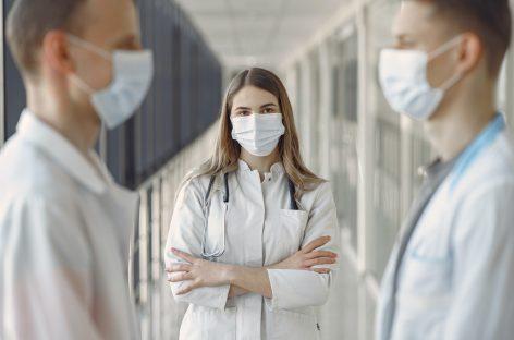 Peste 7.000 de angajați din domeniul sănătății au fost uciși de COVID-19