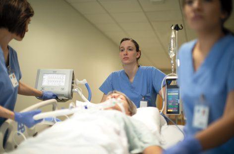 Philips plănuiește să crească producția de ventilatoare medicale la 4.000 de unități pe săptămână