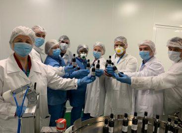 Zentiva face un nou pas în lupta împotriva coronavirusului și donează 3.600 litri de dezinfectanți