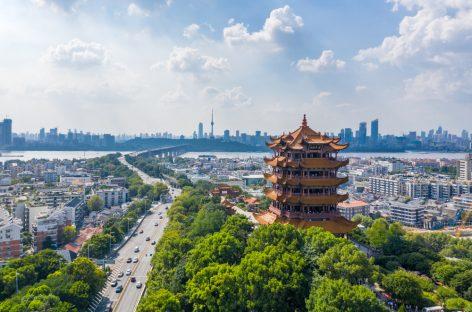 Studiu: Numărul real al persoanelor infectate cu coronavirusul SARS-CoV-2 în Wuhan, de 10 ori mai mare decât cel raportat oficial