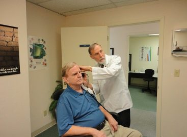 Pierderea auzului este asociată cu demența