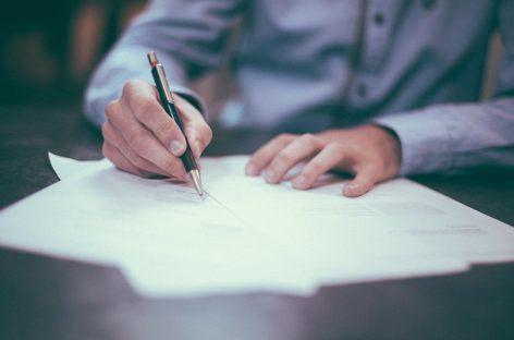 Medicii de familie cer din nou modificarea legislației pentru a putea elibera concedii medicale pentru carantină și izolare