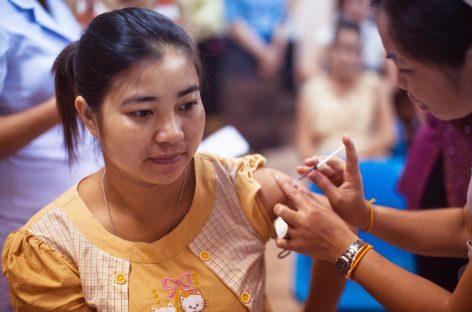 Vaccinarea împotriva gripei și a pneumoniei reduce riscul de Alzheimer