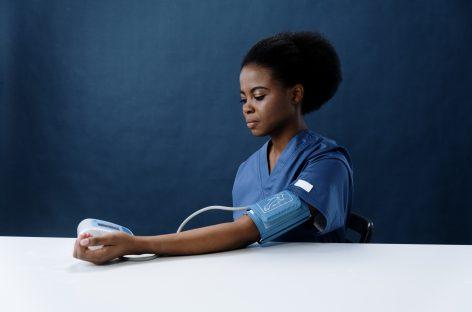 Numărul femeilor care intră în sarcină cu hipertensiune arterială crescută s-a dublat
