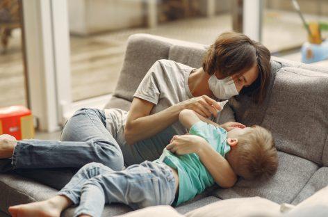 Spray nazal care ar putea preveni COVID-19, testat pe animale
