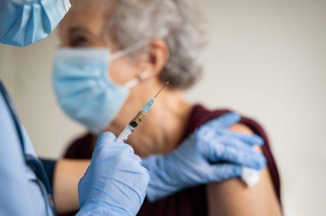 EMA evaluează cazuri de evenimente trombotice raportate în SUA după administrarea vaccinului Johnson & Johnson