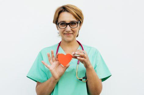 Pandemia de COVID-19: Burnout și anxietate în rândul medicilor cardiologi