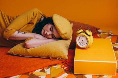 Cum a schimbat pandemia COVID-19 obiceiurile de somn