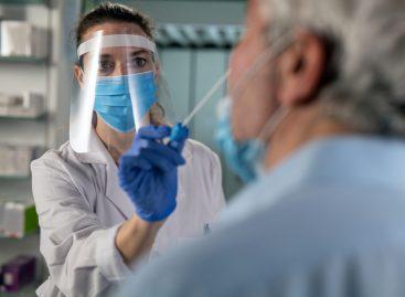 Testarea pentru Covid-19 în farmacii, reglementată oficial. Reprezentanții farmaciilor: măsura va îmbunătăți accesul populației la teste rapide