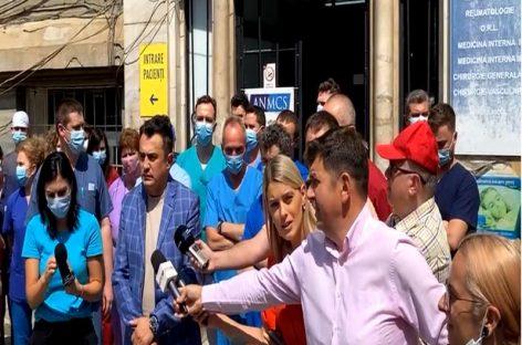 Protest la Institutul Clinic de Urologie și Transplant Renal Cluj. Ministerul Sănătății anunță creșterea finanțării la Institut