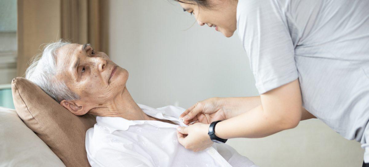 Neuroproteză care permite persoanelor paralizate să comunice cu cei din jur