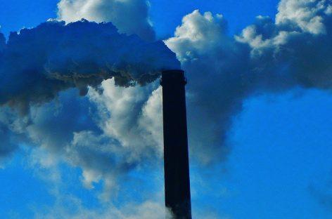 Poluarea aerului, asociată cu un risc mai mare de a dezvolta demență