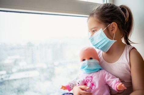 160 de copii din România care au COVID-19 sunt internați în spitale